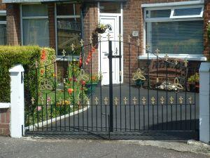 Gates 011