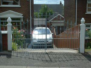 Gates 013